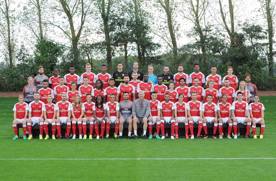 Kelly Smith on Arsenal Team Photo